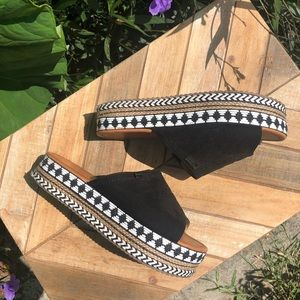 Shoes - Platform Espadrille boho Aztec slip on sandal
